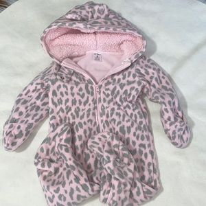 🎉Baby girls size 6 months coverall outfit🎉